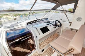 Haines 400 Aft Cabin Helm