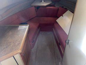 Bayliner 2255 Ciera Sunbridge  - Interior