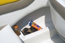 Deluxe side panel storage with drink holders