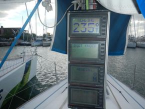 IMX -38 Racing yacht with Aft cabin - Cockpit Instruments