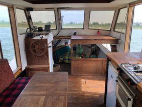Replica Boat Torpedo Boat Twin Detroit diesel engines 900hp - Saloon