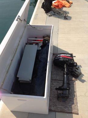 Dockbox_cw_tender_&_outboard