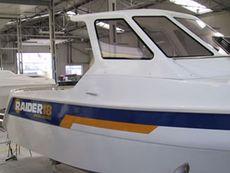 Raider 18 Wheelhouse