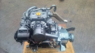 Yanmar 2QM15 Marine Diesel Engine Breaking For Spares