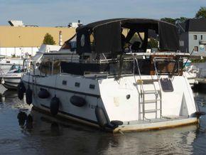 Dutch Steel Motor Cruiser JM YACHT - Stern