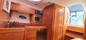 Interior wood in perfect condition!