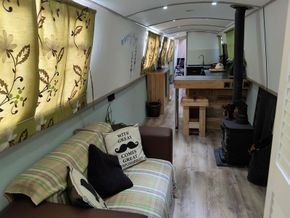 Living Room facing galley
