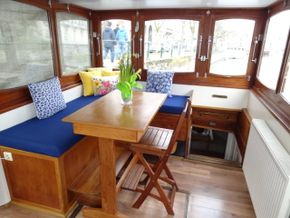 Magnificent dining area in wheelhouse