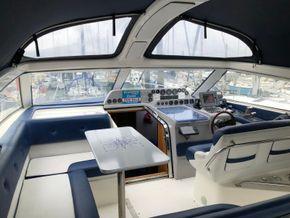 Sealine 365 Sportsbridge Triple Engine (Limited Edition) - Cockpit