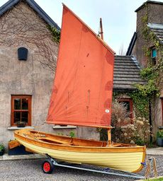 Traditional wood sailing dinghy 13' 8""