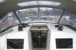 Companionway (similar boat)