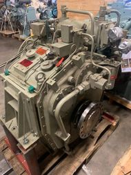 REINTJES WAF 364 - 4.921 - 640 kW - 1940 RPM - SN 63640