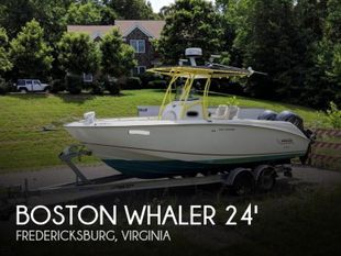 2004 Boston Whaler 240 Outrage