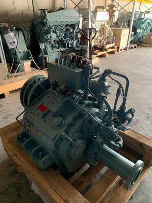 REINTJES WLS 430 U - 2.458-1 - 825 KW - 1745 RPM - SN 56384