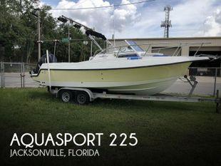 2004 Aquasport 225 Explorer