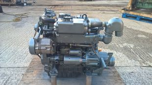 Yanmar 3JH30A Marine Diesel Engine Breaking For Spares