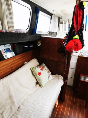 View aft starboard side