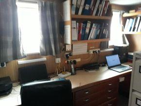 Einar office