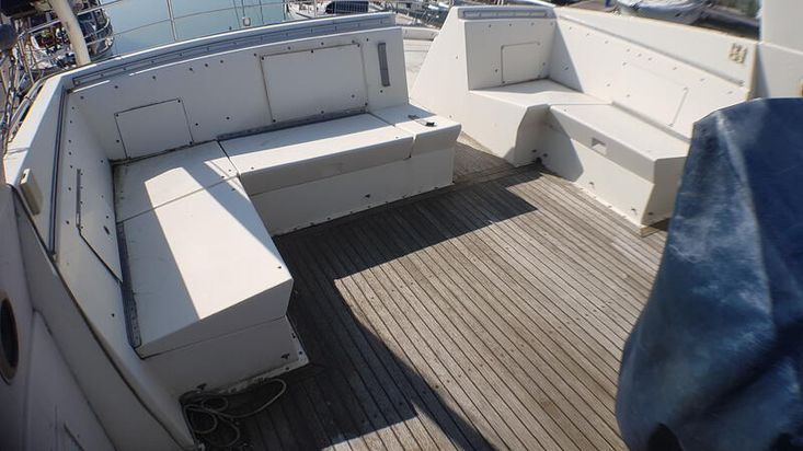 Hatteras 54 (reduced)