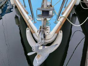 Westerly Griffon II Bilge Keeled - Bow