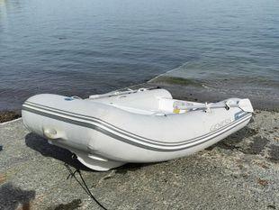 Walker Bay Genesis 270