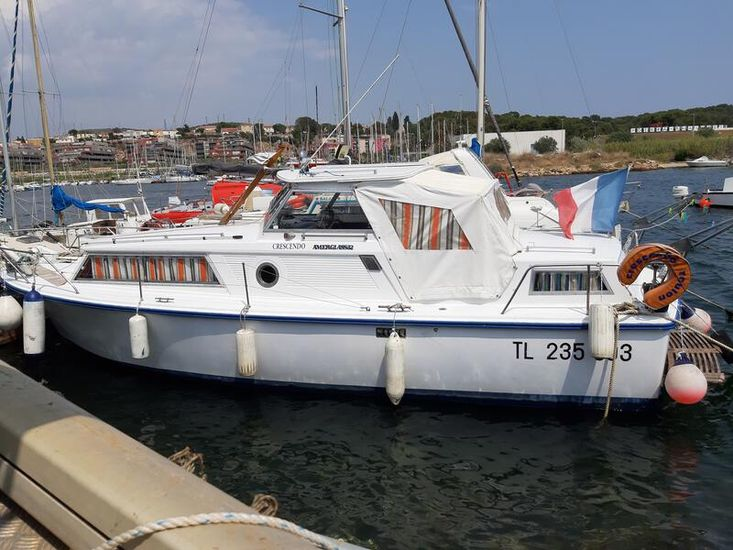 Amerglas 24 Sea going motor Cruiser