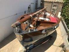 Day Boat, Drascombe Lugger inspired