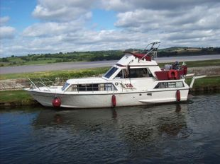 Moonraker 350 flybridge 1972