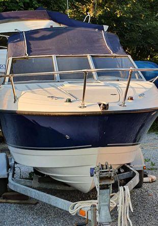 Bayliner motor boat.