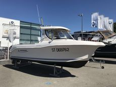 2007 QUICKSILVER 640 PILOTHOUSE