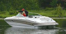 Crownline Deck Boat 252 EX
