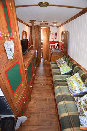 Saloon from stern