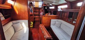 Whiting 47 Centre Cockpit for Sale