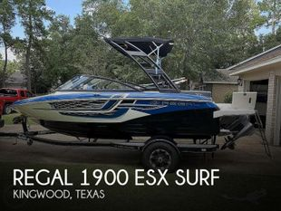 2018 Regal 1900 ESX Surf