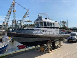 Crew tender 2 x 227 HP
