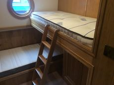 Luxury Class Canal Boat 3 bedrooms Show boat