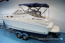 Larson 240 Cabrio with Mercruiser 5.0L MPI 260HP Bravo 3