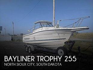 1996 Bayliner Trophy 255