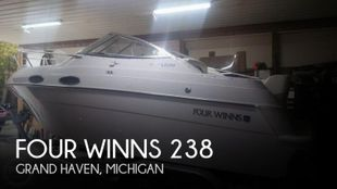 1998 Four Winns 238 Vista Cruiser