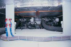 Viki 32 Sedan Engine Room