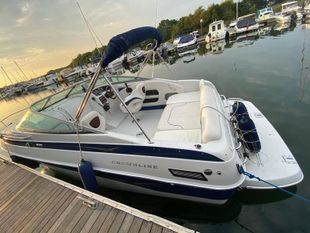 Fantastic Condition Crownline 220CCR