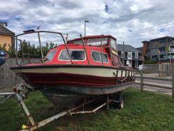 Micro Plus 18 motor boat