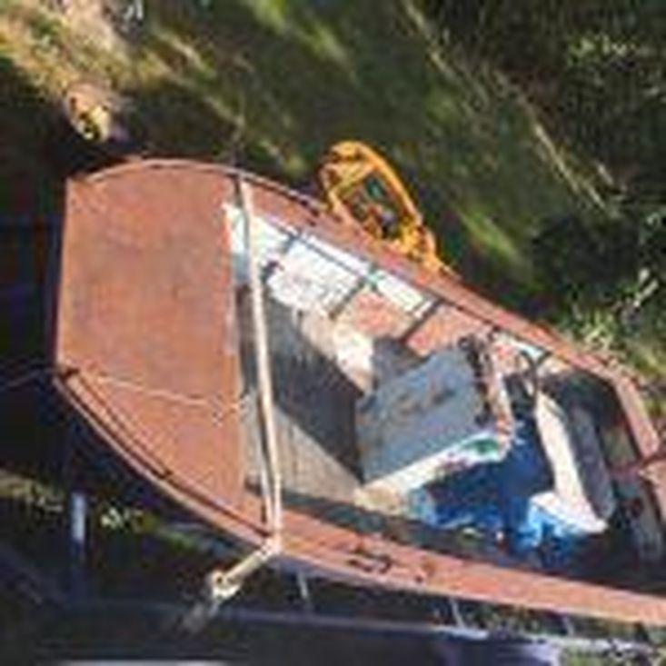 1995 17′ x 6.5′ x 1′ Steel Flat Bottom Jet Propelled Work Boat