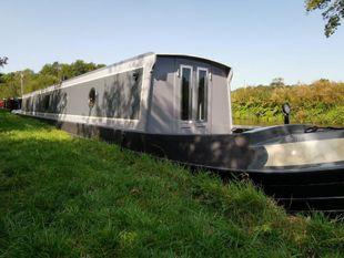 Bespoke narrowboats