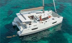 Manufacturer Provided Image: Manufacturer Provided Image: Fountaine Pajot Lucia 40