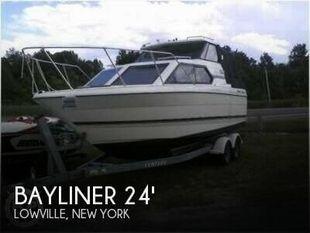 1999 Bayliner 2452 Ciera Express