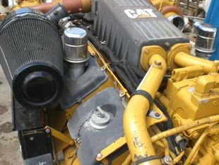 CAT C-32 Re-buildable Core Marine Engine