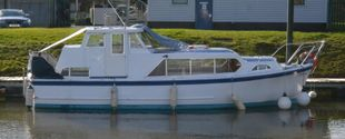 BROOM OCEAN 30 OKEFENOKEE AT FARNDON MARINA