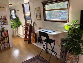 Living room / study