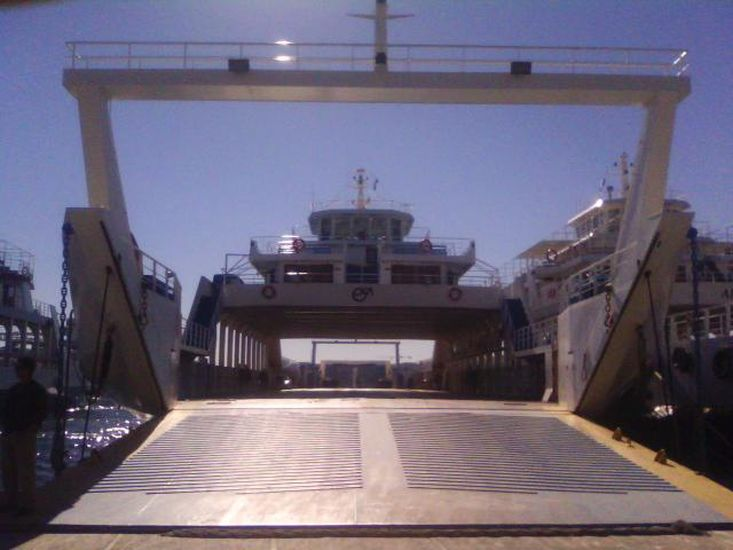 OPEN TYPE DOUBLE END FERRY